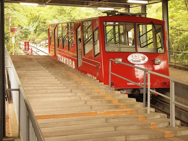 monorail-318797_640
