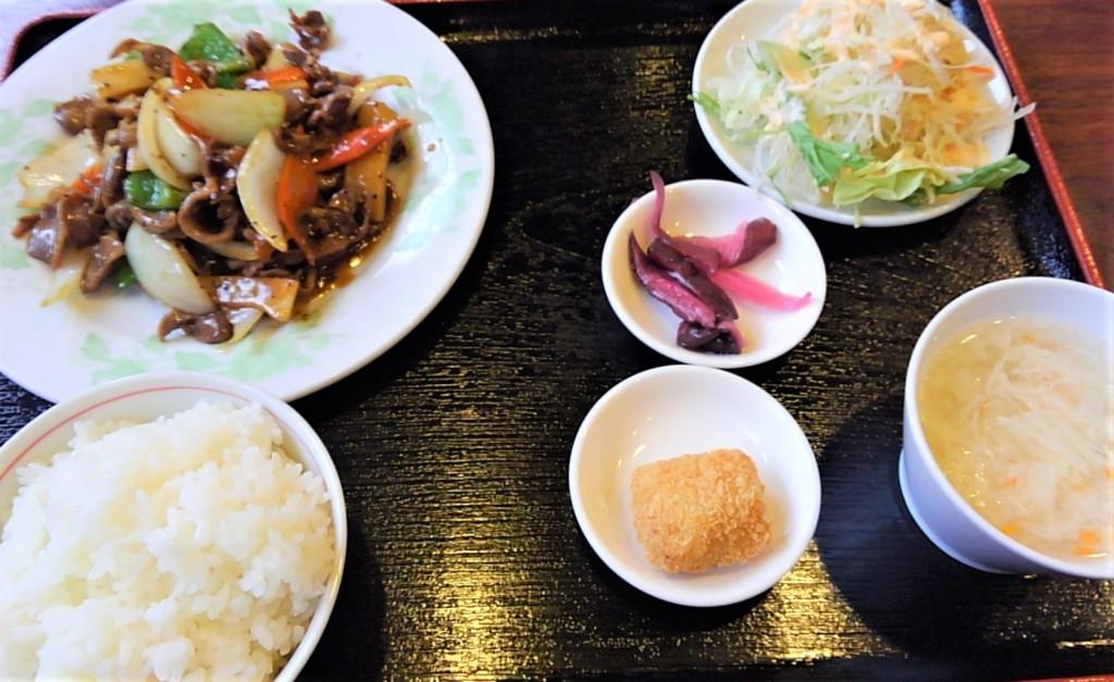 砂肝の黒胡椒炒めランチ