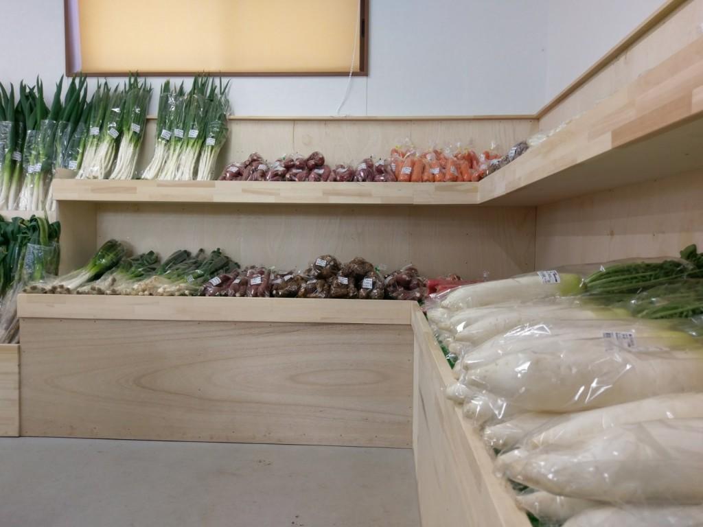 たつのこ産直市場 店内野菜売場