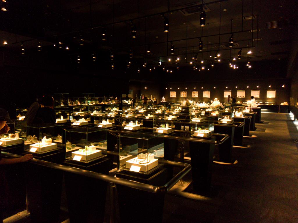 山梨宝石博物館 展示室