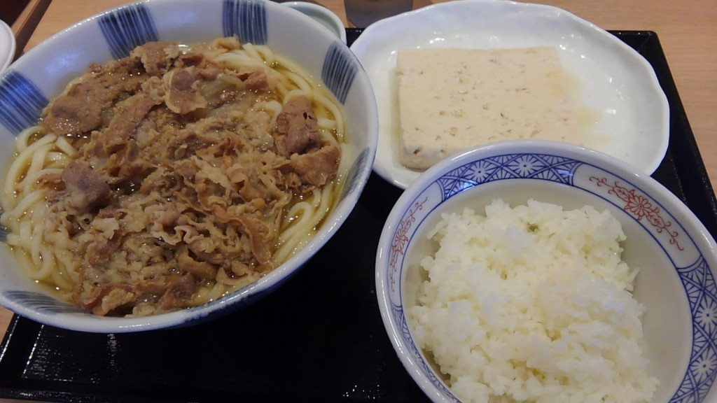 肉うどん笑庵 肉うどん大盛り ライス 味豆腐